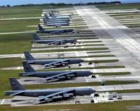 探访美军战略轰炸机基地 核威慑如达摩克利斯剑