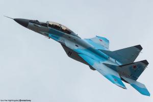 俄罗斯航空摄影师镜头下的双座版米格-35