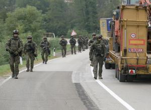 塞爾維亞與科索沃局勢緩和 維和部隊在邊境巡邏