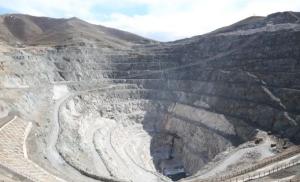 新疆地下136米,有座掏出来的水电站