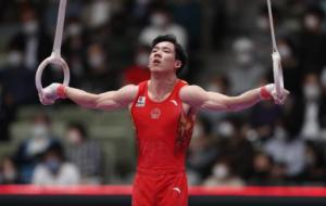 体操世锦赛男子全能张博恒夺金