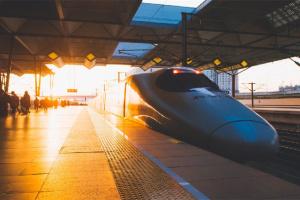 国家发改委:2020年高铁基本覆盖100万人口以上城市
