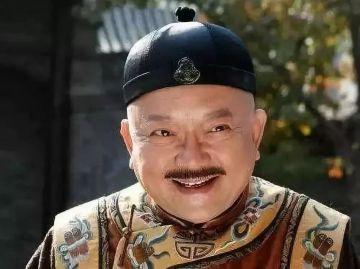 和珅是清朝中期重臣,李鸿章是清朝晚期重臣,谁更厉害?