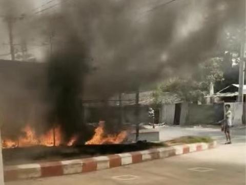缅甸仰光兰达亚工业区两服装厂遭遇纵火