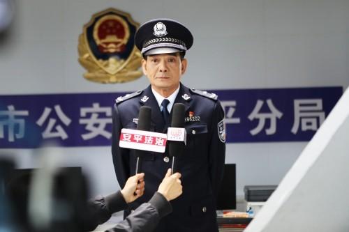 王强制片的电影《疯狂的酒局》在贵阳杀青