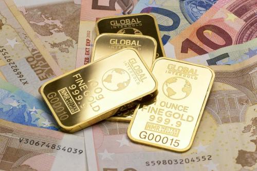 贵金属投资应注意哪些方面?以实德金融举例说明