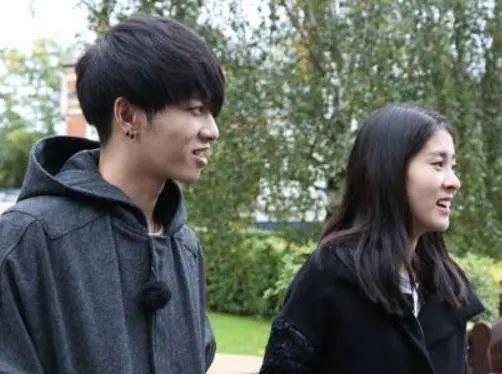 张碧晨回应生子:当时华晨宇不知情 曝华晨宇恋爱时曾出轨