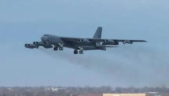 美增派轰炸机战斗机 保护美国和盟国撤离阿富汗