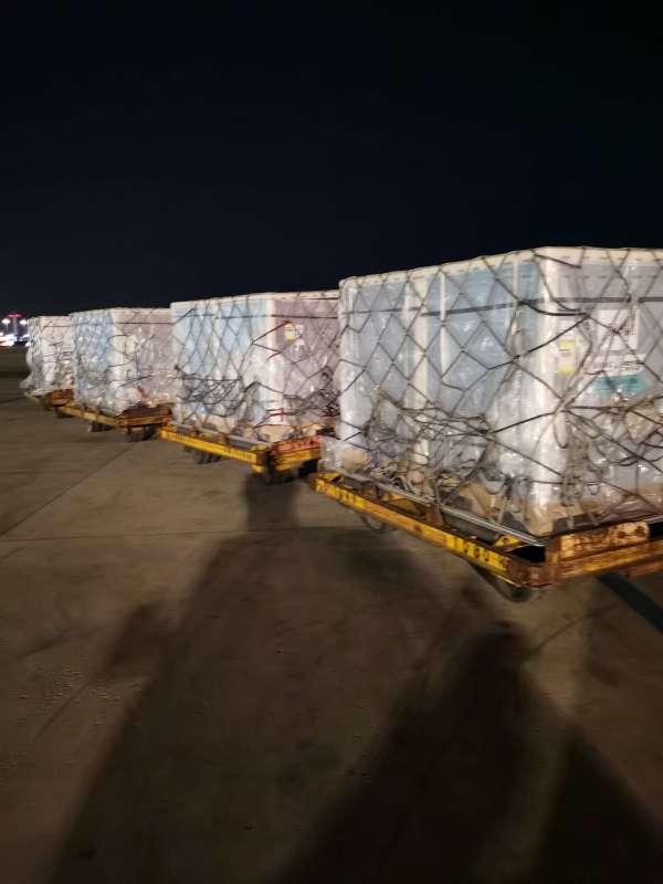 又一批!中方向塞内加尔出口首批疫苗,运输包机今早飞抵北京,明天凌晨抵达!
