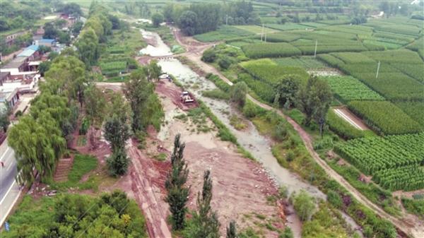 """榆次区人民检察院对办理的一起河道污染公益诉讼案件进行了""""回头看"""""""