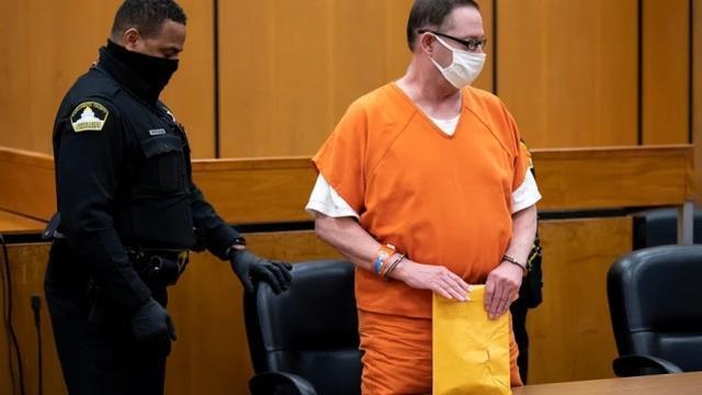 性侵9人逍遥法外几十年,美国一强奸犯被判刑897年