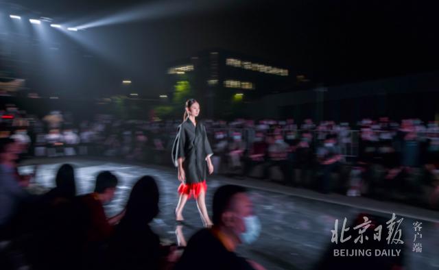 北京时装周9月15日启幕,八大地标将上演百场活动