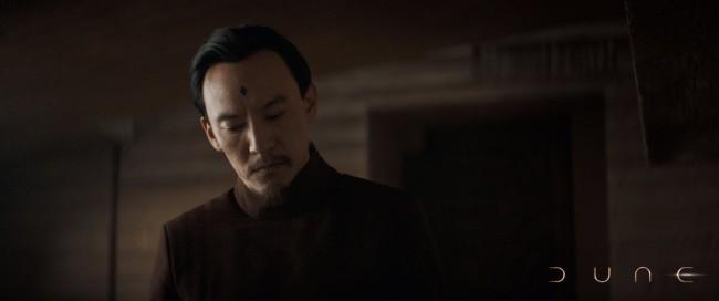 """张震《沙丘》角色预告""""摸头""""细节暗藏东方神秘色彩"""