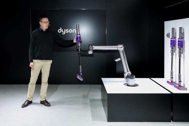戴森推出Omni-glide万向吸尘器颠覆传统单向清洁方式 共2款机型