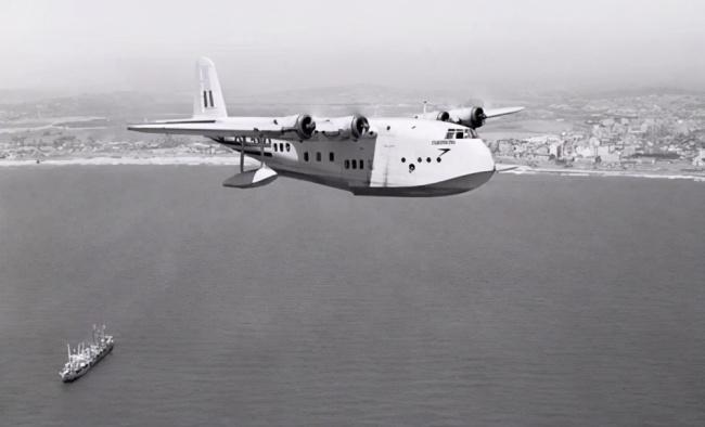 世界上第一艘航空母舰,到底是英国还是日本制造出来的?