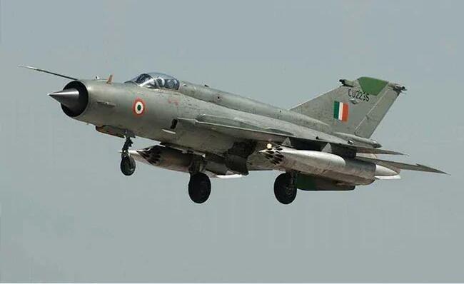 印参谋长:三年内退役米格-21 用自制LCA取代