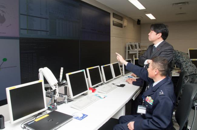 日本大力扩充网络部队 纳入民间专家