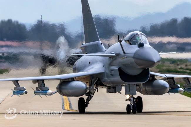 外媒:巴基斯坦今年可能接收36架歼-10C战机