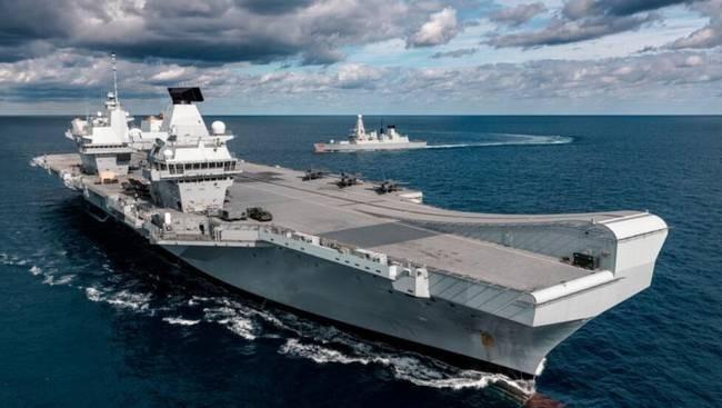 英航母驶入南海炫耀武力 港媒警告赌博或导致对抗