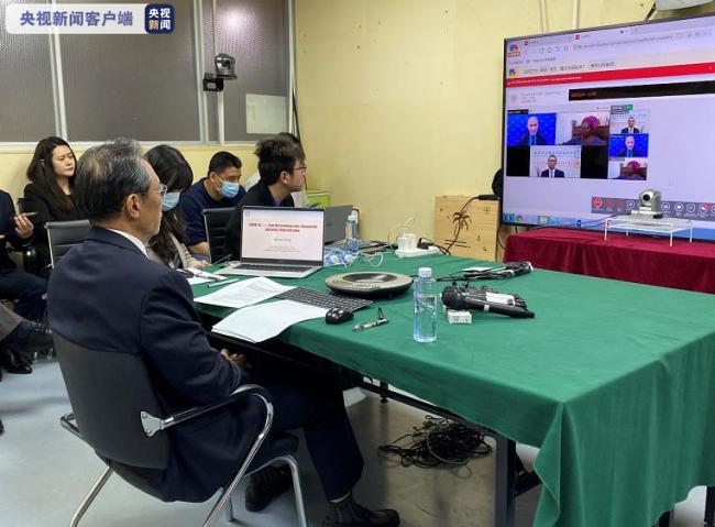 对话福奇 钟南山参加国际疫情防控专家研讨会谈到了这些内容→