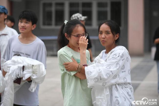 """合肥:高三西藏班学子离别""""第二故乡"""""""