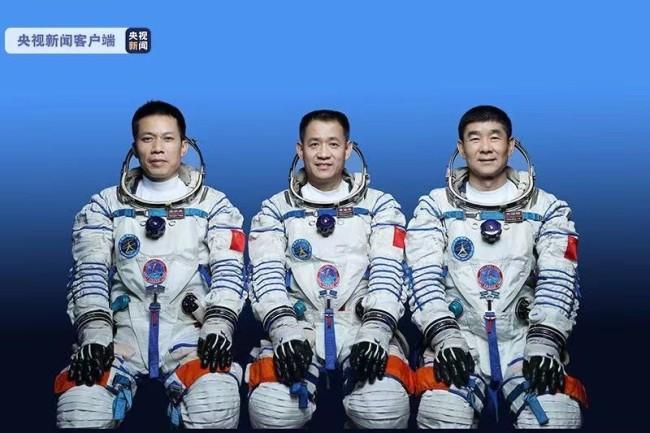 神舟十二号载人飞行任务新闻发布会 关注高新挑战