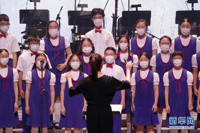 香港举办文艺晚会献礼建党百年和回归祖国24周年