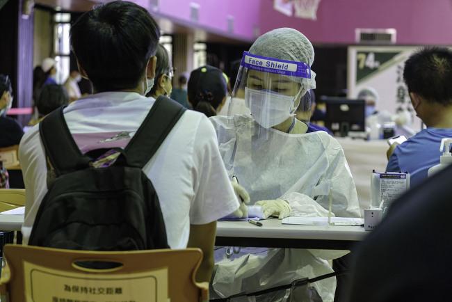 台湾新增16例本土新冠病例 新增2例死亡病例
