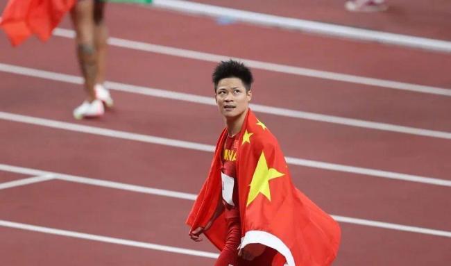 中国田径人的荣耀!苏炳添将担任中国体育代表团闭幕式旗手