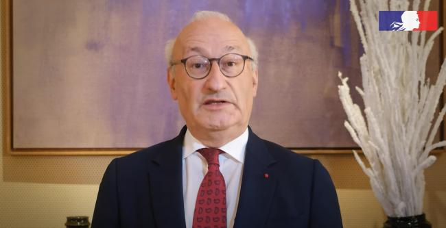 法国召回两名大使抗议核潜艇协议,美澳:遗憾