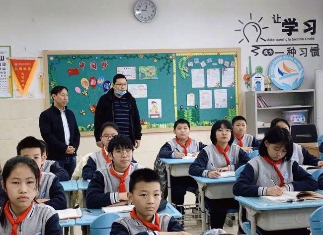 童心向党 耕播春天——济南高新区劝学里小学开学典礼圆满举行