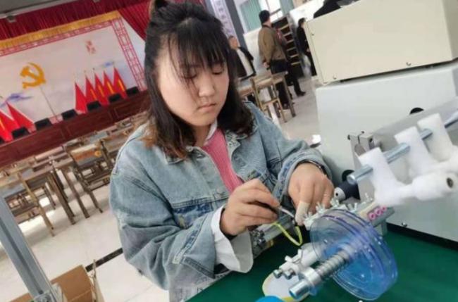 工作文娱两不误!陕西合阳妇女群众家门口的幸福生活