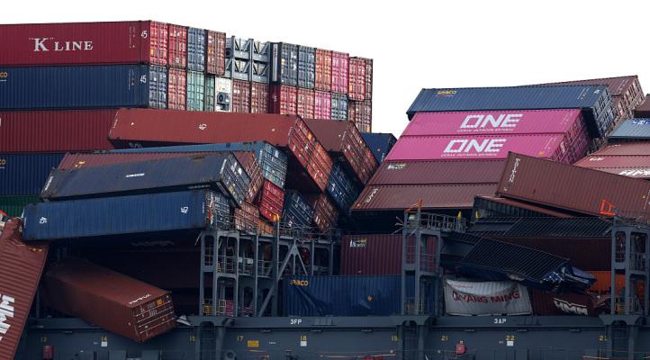 日本集裝箱船發生集裝箱坍塌事故 部分危險貨物丟失